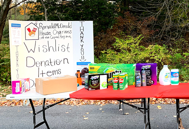 Cetera Investors wish list donation table for RMHC